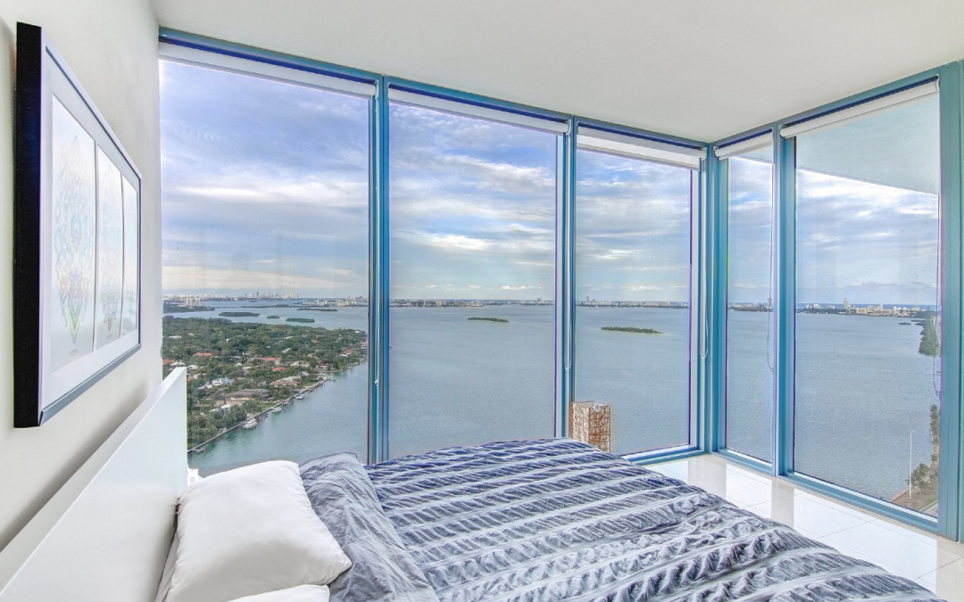 Just Published – Blue Condo Penthouse #3408 1,196 SqFt | 1BR/2BA | $600,000