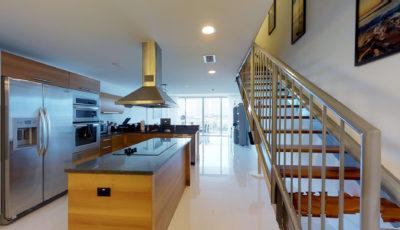 2950 NE 188th St, Apartement 443, Aventura, FL 33180 3D Model