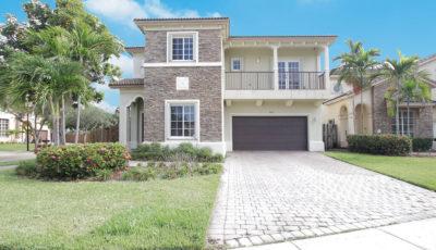 9485 SW 224th Terrace, Cutler Bay FL 3D Model