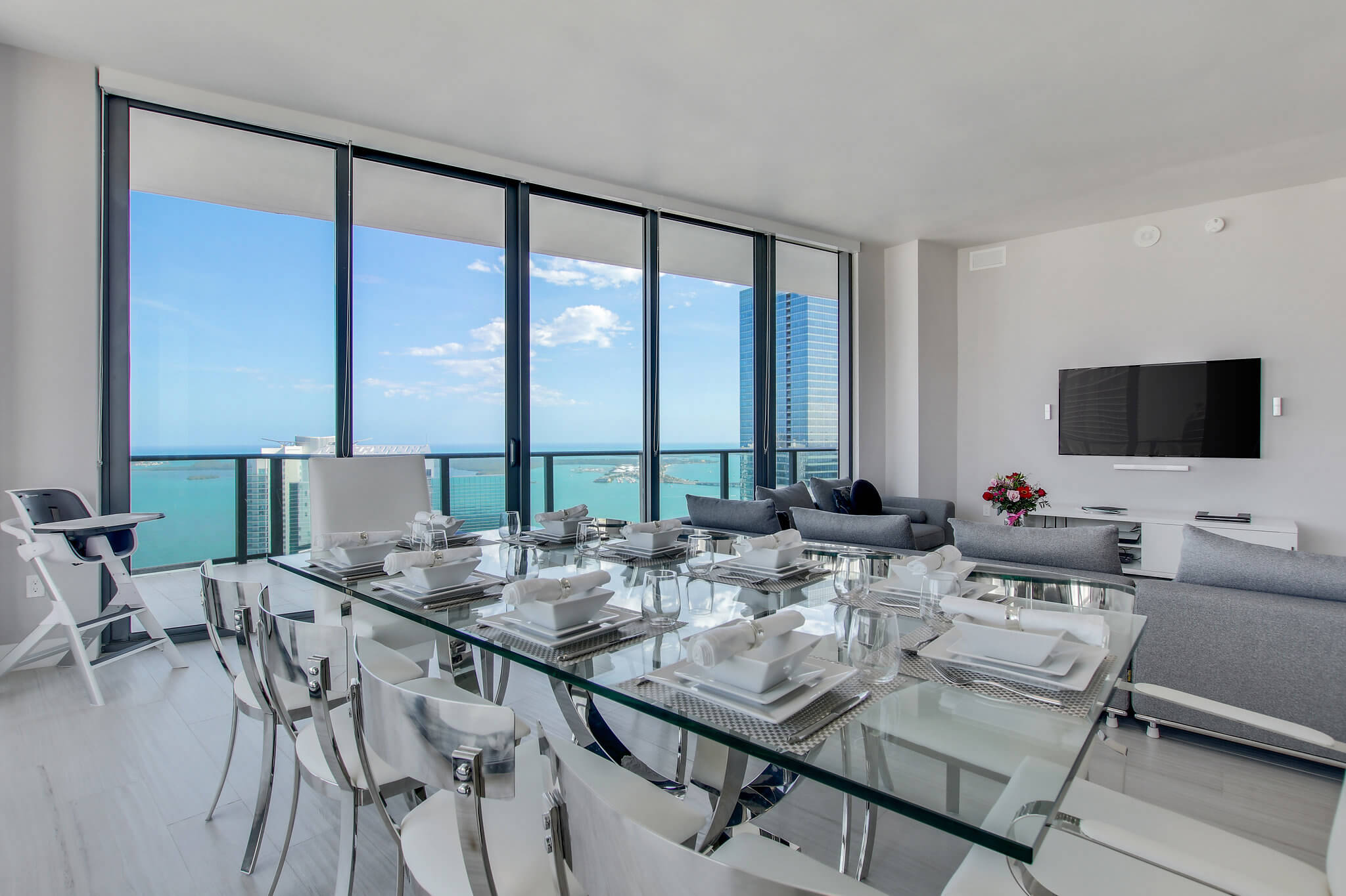 03__sls_brickell_photo_by_MiamiRealEstatePhotographers.com