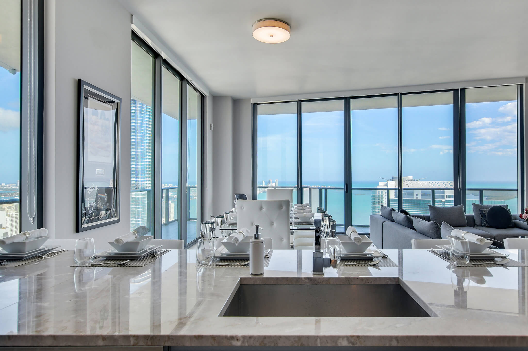 07__sls_brickell_photo_by_MiamiRealEstatePhotographers.com