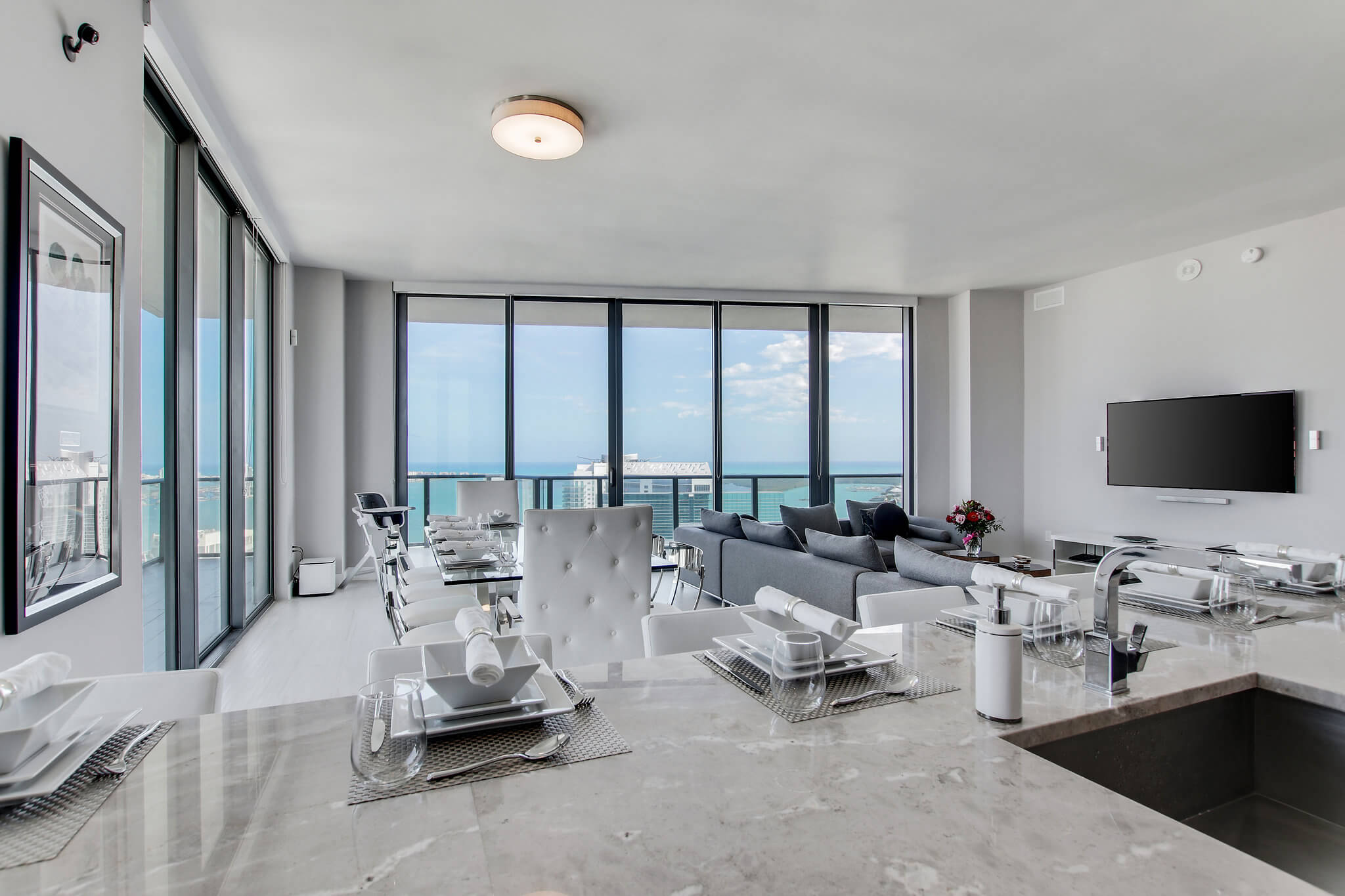 10__sls_brickell_photo_by_MiamiRealEstatePhotographers.com