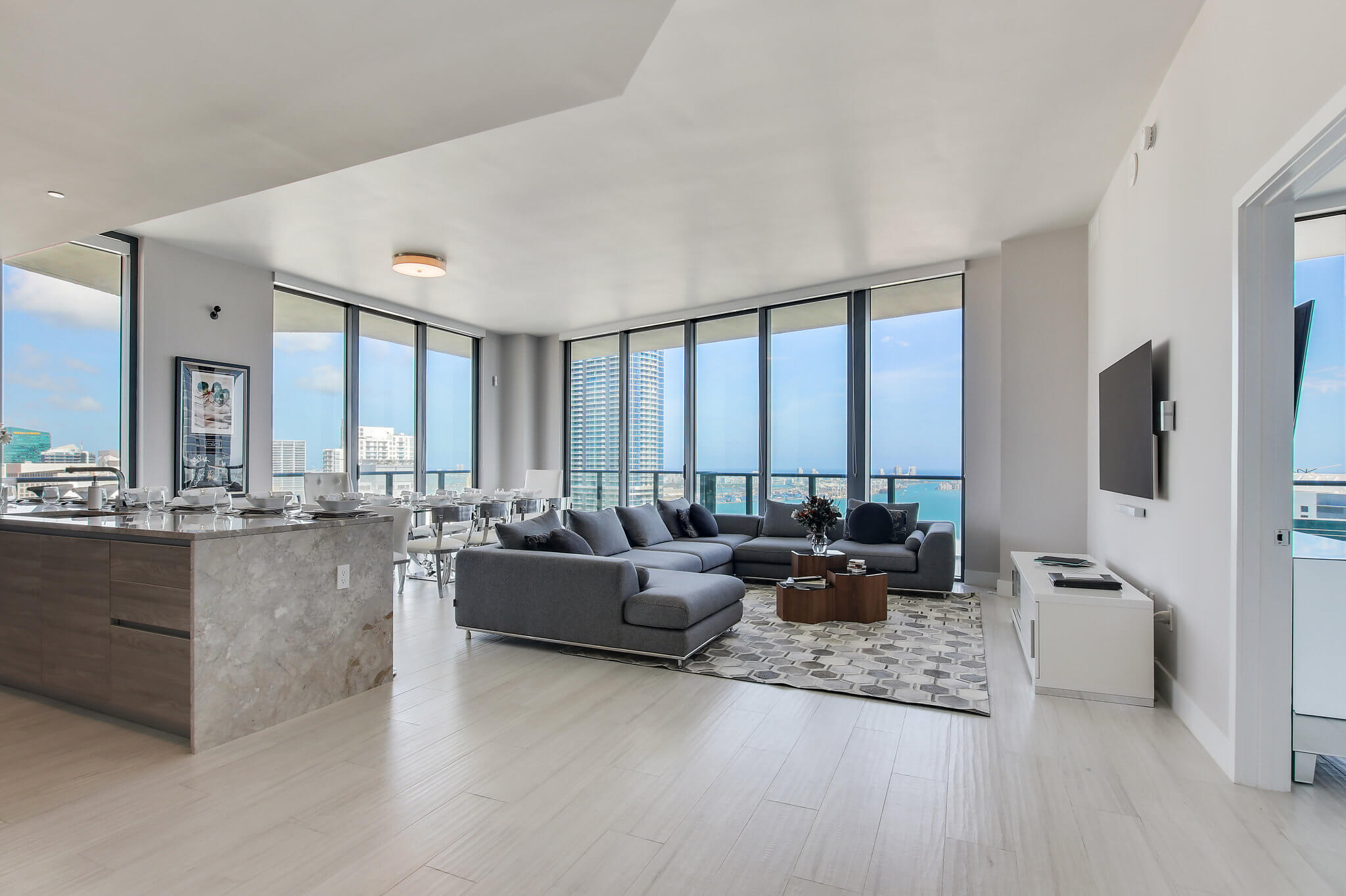 15__sls_brickell_photo_by_MiamiRealEstatePhotographers.com