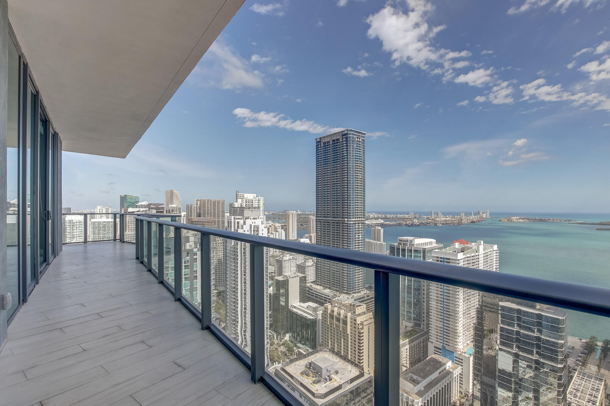 22__sls_brickell_photo_by_MiamiRealEstatePhotographers.com