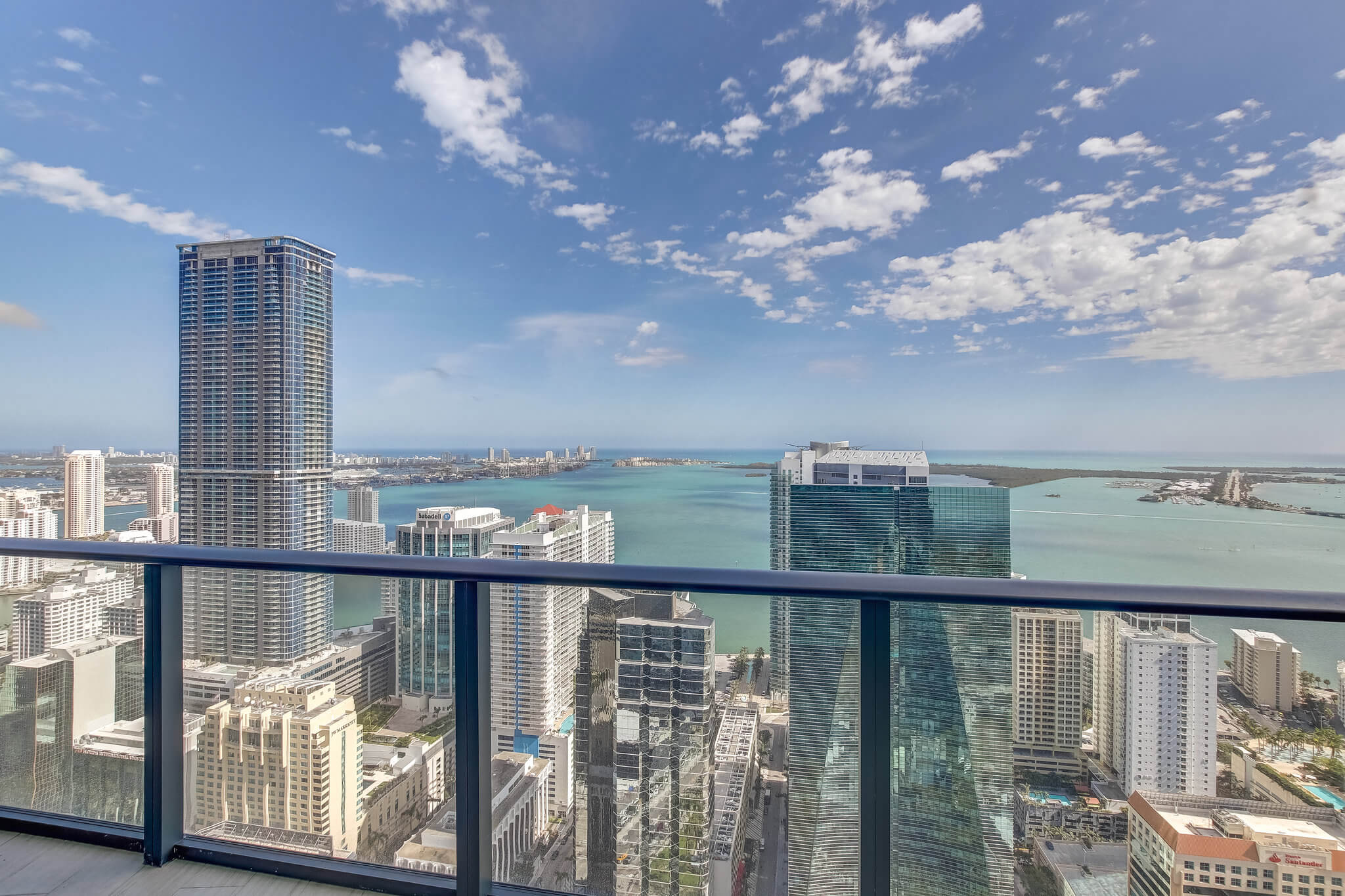 23__sls_brickell_photo_by_MiamiRealEstatePhotographers.com