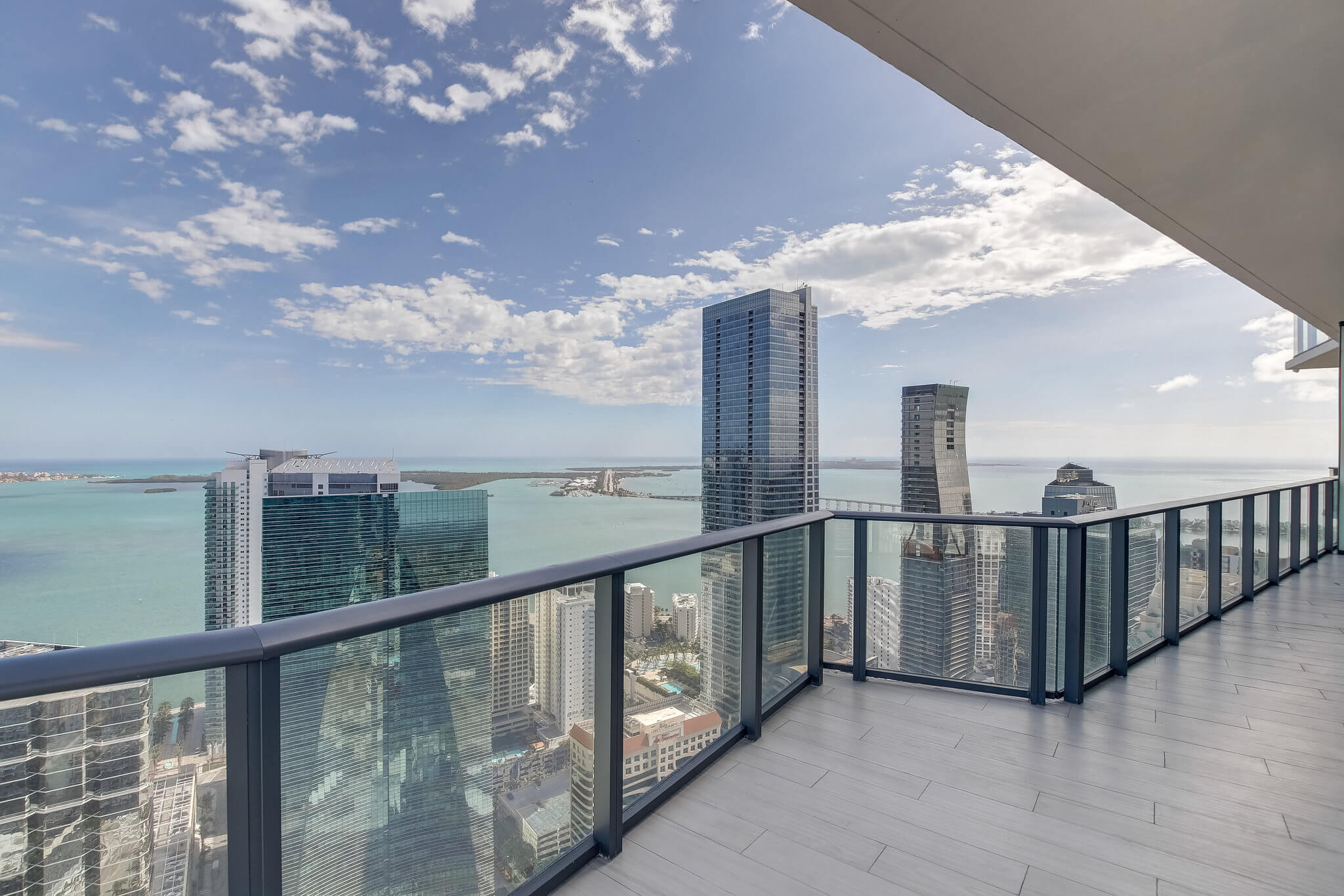 27__sls_brickell_photo_by_MiamiRealEstatePhotographers.com