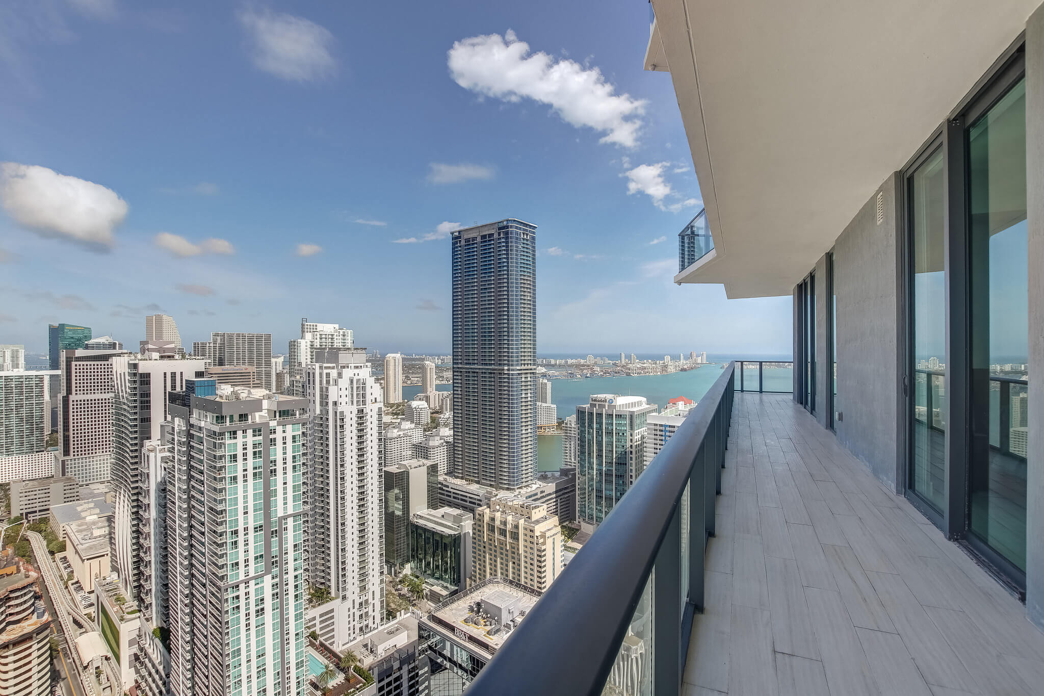 30__sls_brickell_photo_by_MiamiRealEstatePhotographers.com