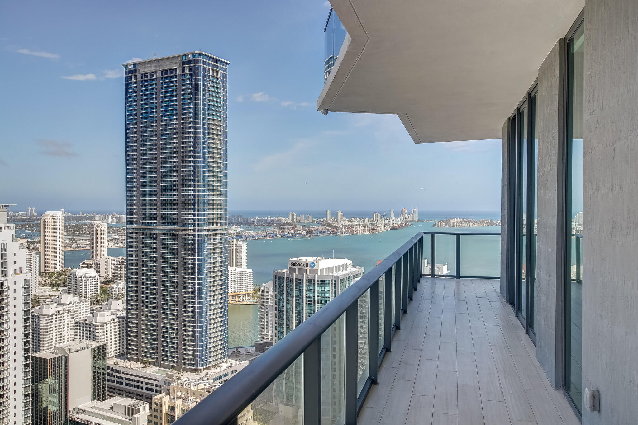 31__sls_brickell_photo_by_MiamiRealEstatePhotographers.com