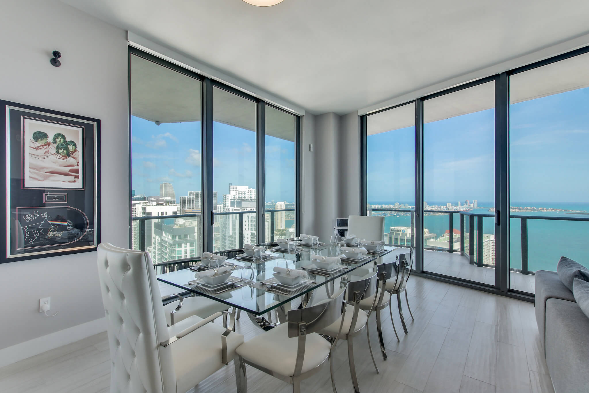 40__sls_brickell_photo_by_MiamiRealEstatePhotographers.com
