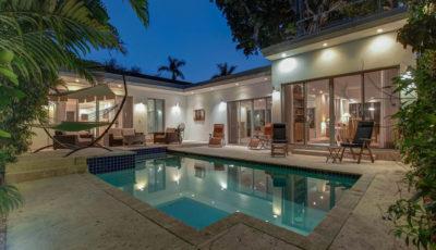 2891 Coacoochee Street, Coconut Grove, FL 3D Model
