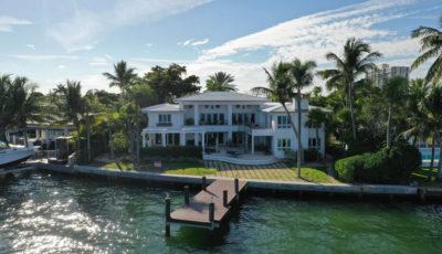 1600 NE 103rd Street, Miami Shores, FL 3D Model