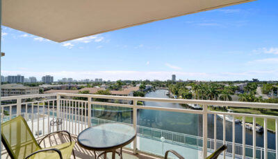 437 Golden Isles Dr #6d, Hallandale Beach, FL 3D Model