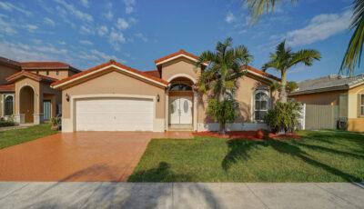 610 SW 92nd Psge, Miami, FL 33174 3D Model
